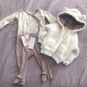 Jessica Simpson Baby Outfit.